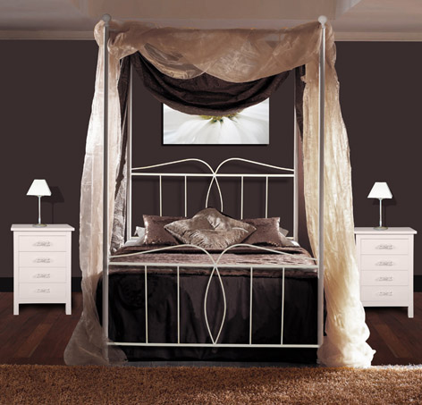 elegantes himmelbett aus metall modell alba eisenm bel. Black Bedroom Furniture Sets. Home Design Ideas