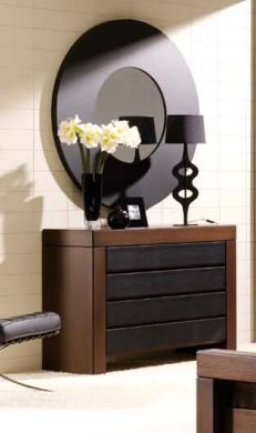 runder wandspiegel opera dekoration beltran ihr online shop f r moderne spiegel mit holzrahmen. Black Bedroom Furniture Sets. Home Design Ideas